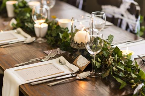 Banquetting and restaurant